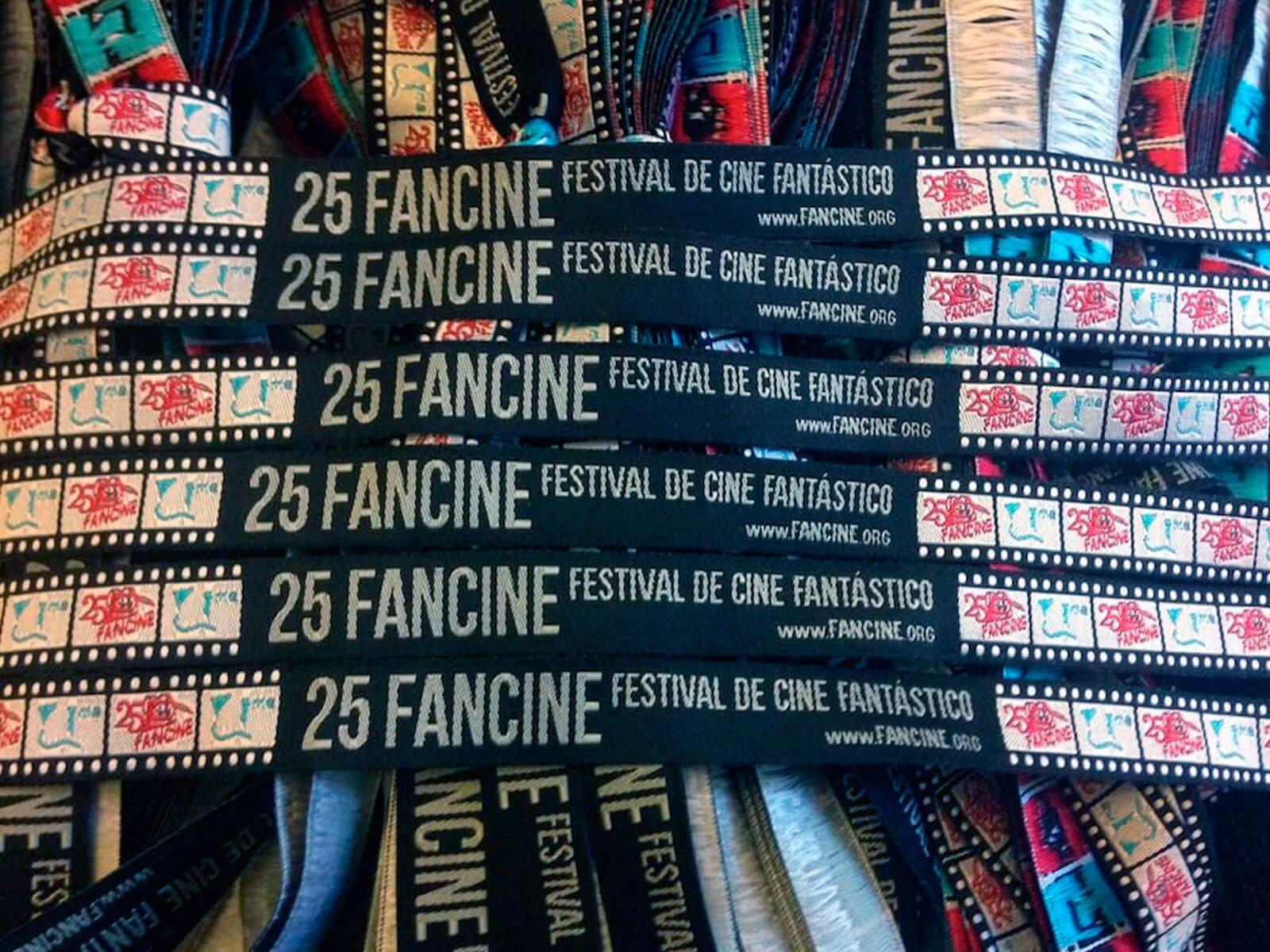 Pulseras-para-festivales-FanCine-Festival-de-Cine-Fantástico-Pulseras-de-Tela-Personalizadas-Pulseras-Tejidas
