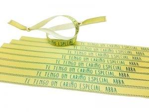 pulseras-amarillas-pulseras-de-tela-con-frases-TE-TENGO-UN-CARIÑO-ESPECIAL-ABBA