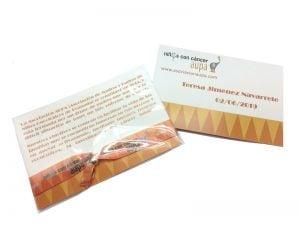 pulseras-de-tela-solidarias-manipulacion-bolsa-carton-cierre-Niños-con-Cancer-AUPA-2