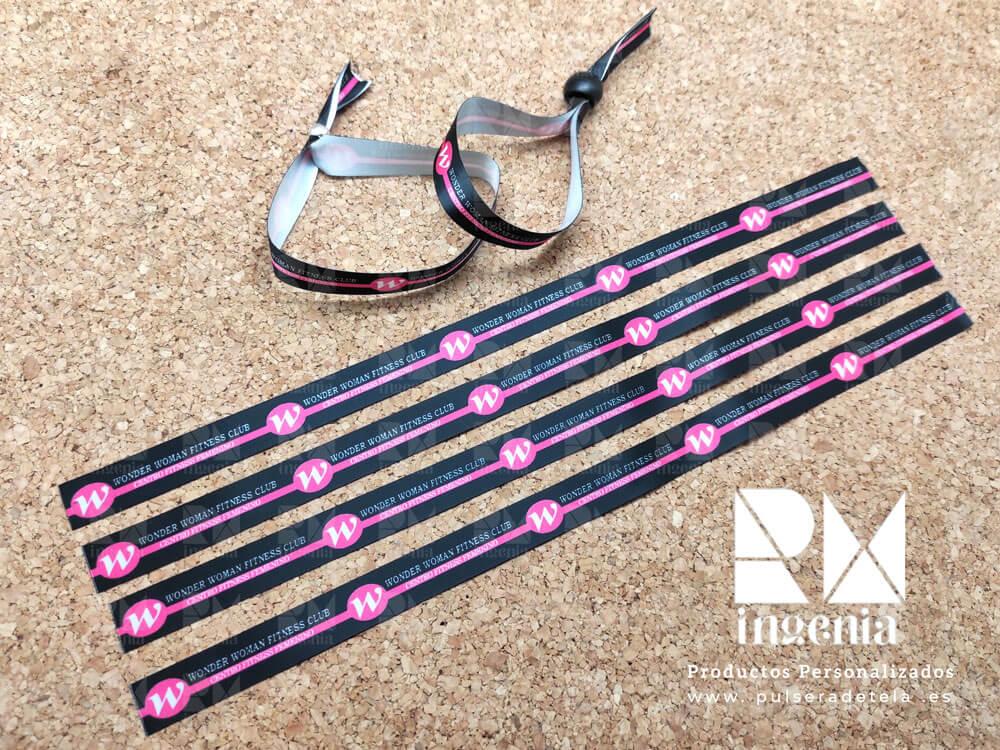 pulseras-de-tela-personalizadas-para-deportes-pulseradetela_Wonder-Woman-Fitness-Club