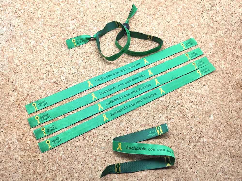 pulseras-de-tela-personalizadas-pulseras-solidarias-cancer-infantil-pulseradetela_Es-1